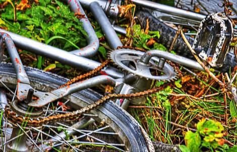 wrecked-bike